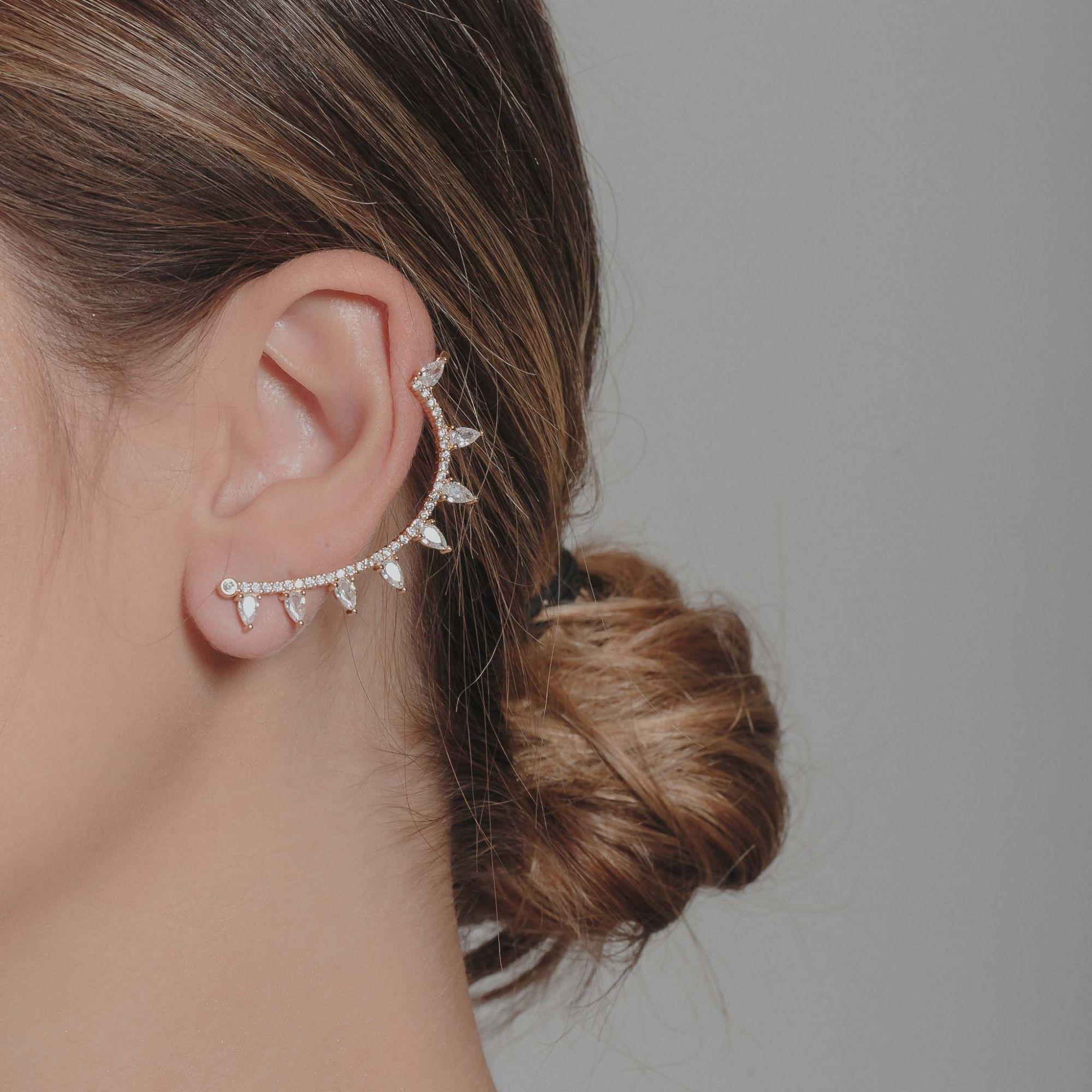 Brinco ear cuff com zircônias cristais banhado a ouro 18k.  - romabrazil.com.br