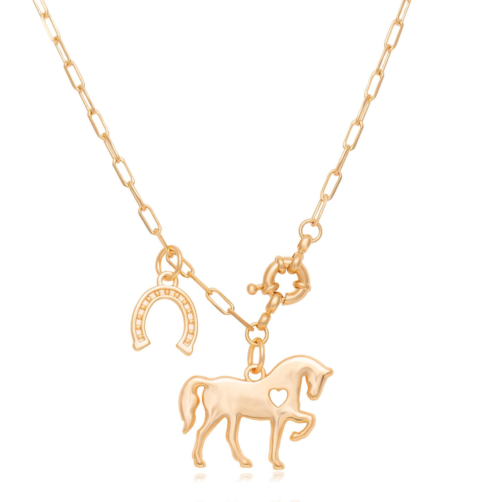 Colar cartier com pingente de cavalo e ferradura banhado a ouro 18k  - romabrazil.com.br