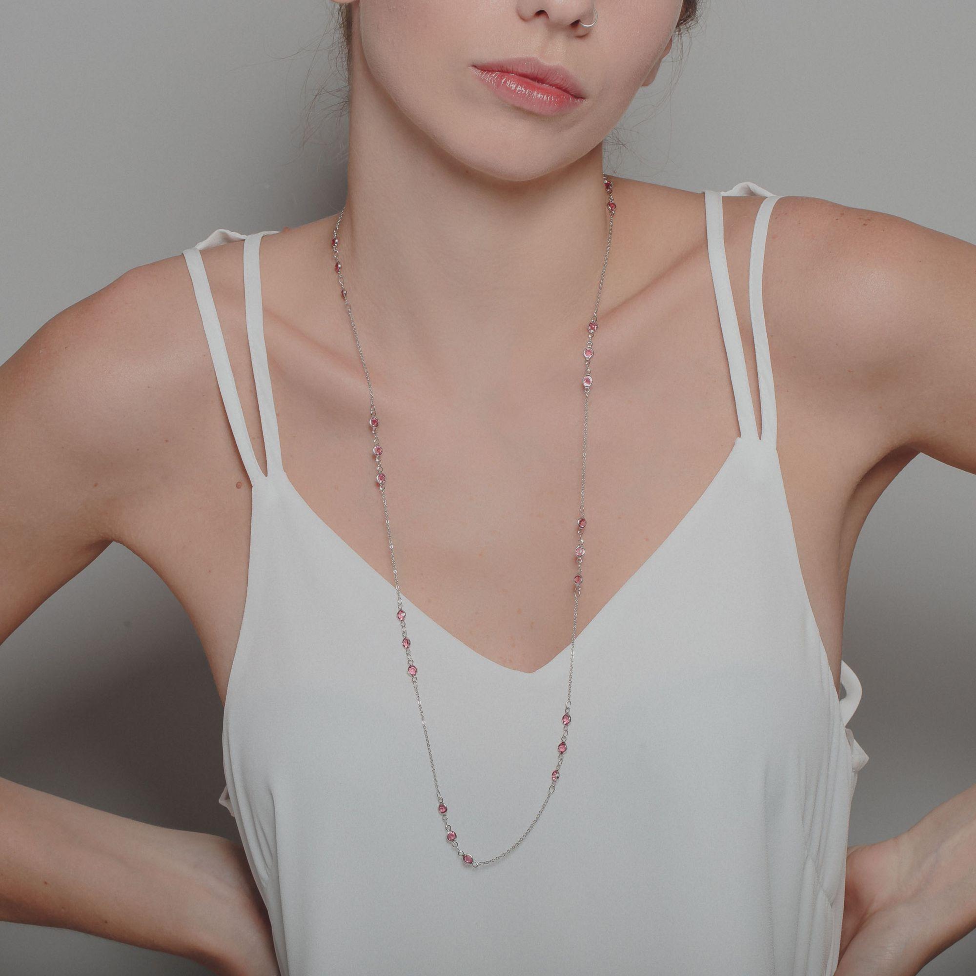 Colar com cristais rubis banho de ródio branco.  - bfdecor.com.br