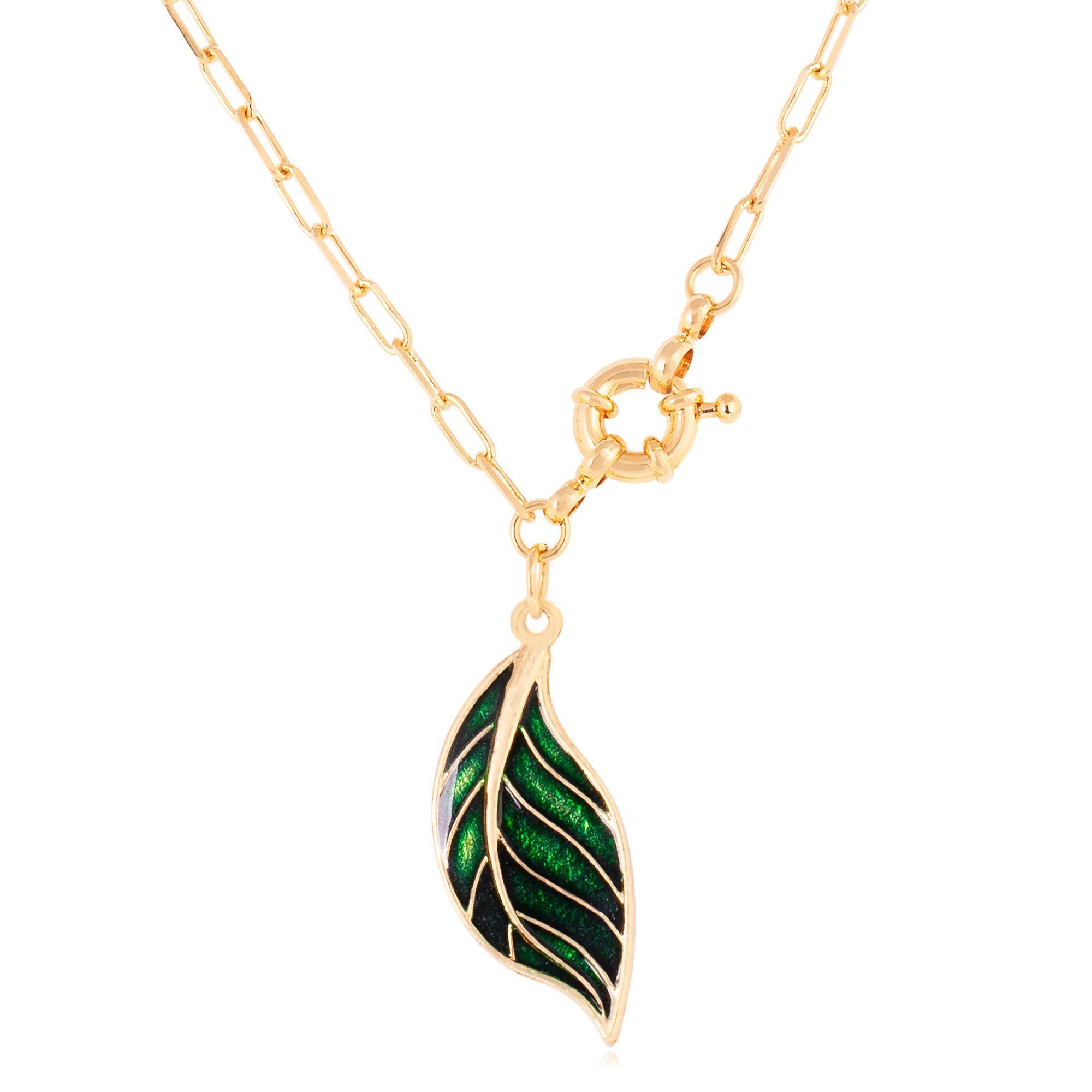 Colar de folha banhado a ouro 18k resinado em verde.  - romabrazil.com.br