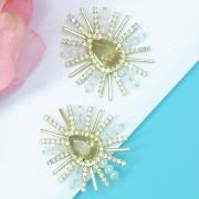 Brinco dourado feminino com cristais e strass, linha ninho