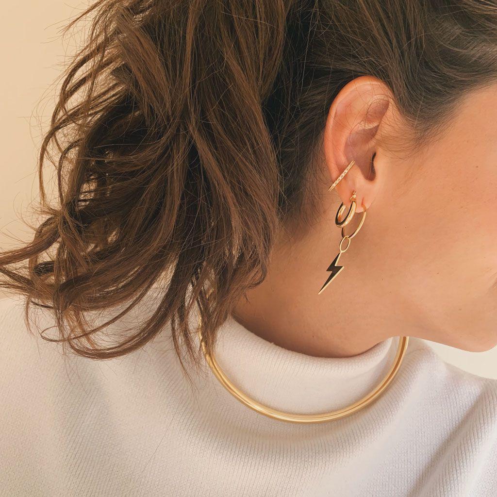 Piercing Nina Dourado