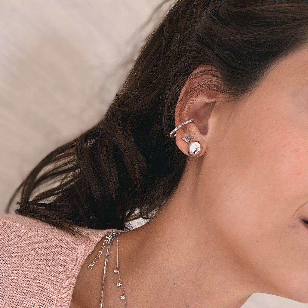 Piercing Nina Prata
