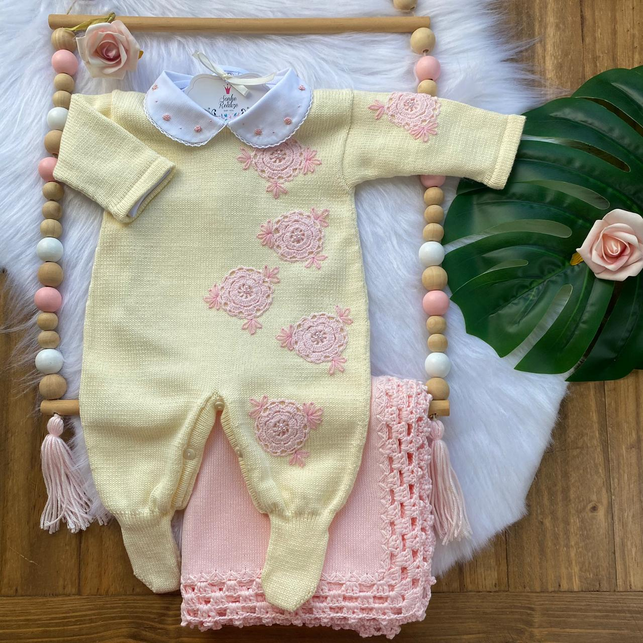 Saída de Maternidade Rosetas - Amarelo e Rosa