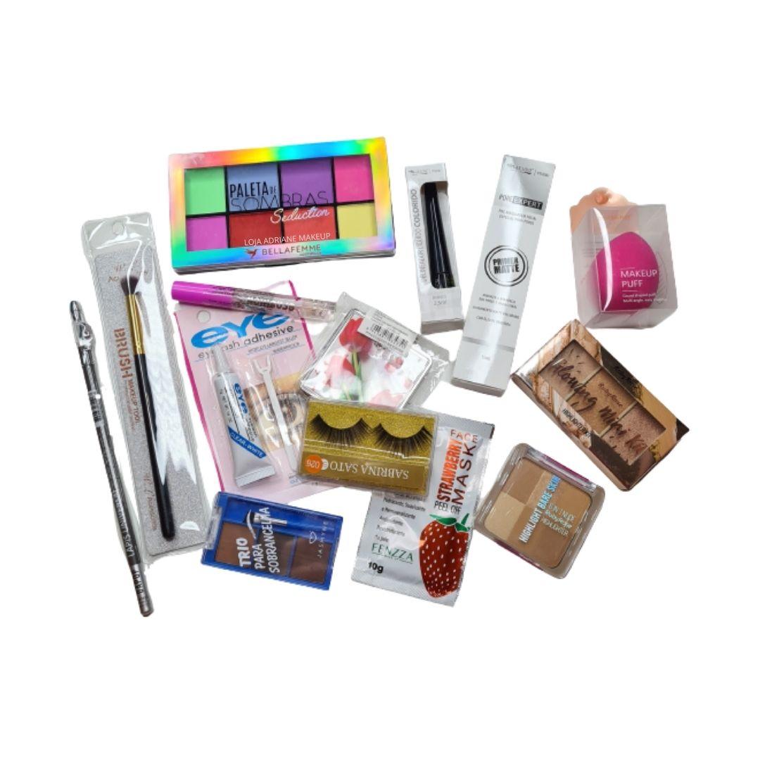 Buquê de maquiagem n. 02 com 15 itens