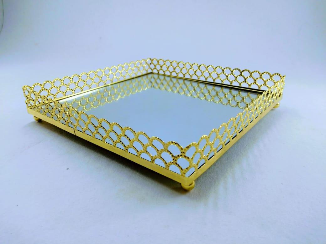 Bandeja Quadrada Espelhada Dourada