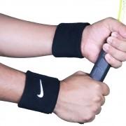 Par de Munhequeiras Nike Pequena