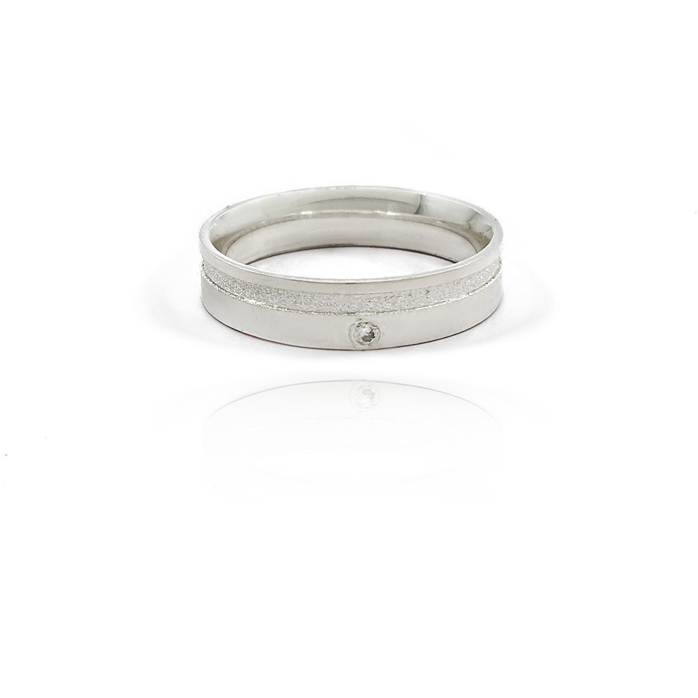 Aliança em Prata 925 Anatômica Reta com 5mm e Friso Diamantado e Zircônia - 401025P