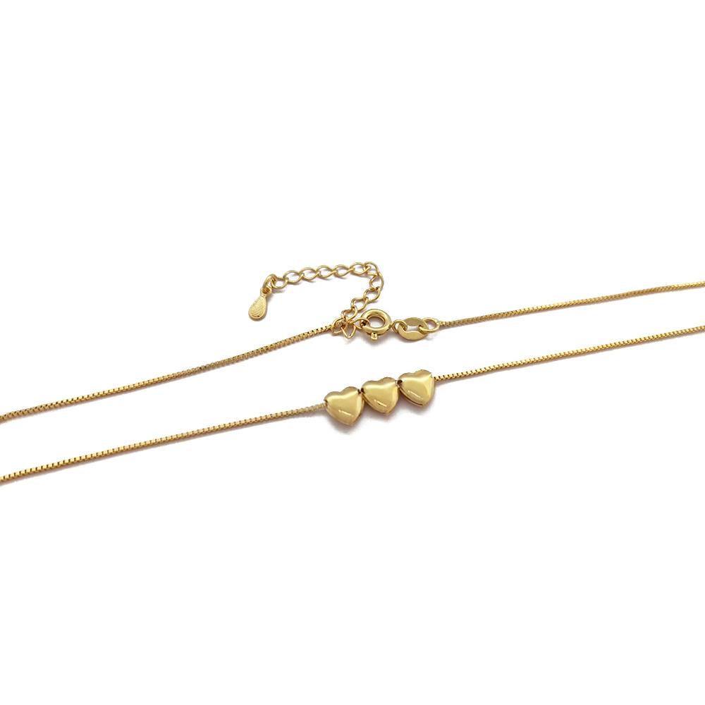 Corrente com 3 Corações Móveis Dourados em Semijóia - 809074A