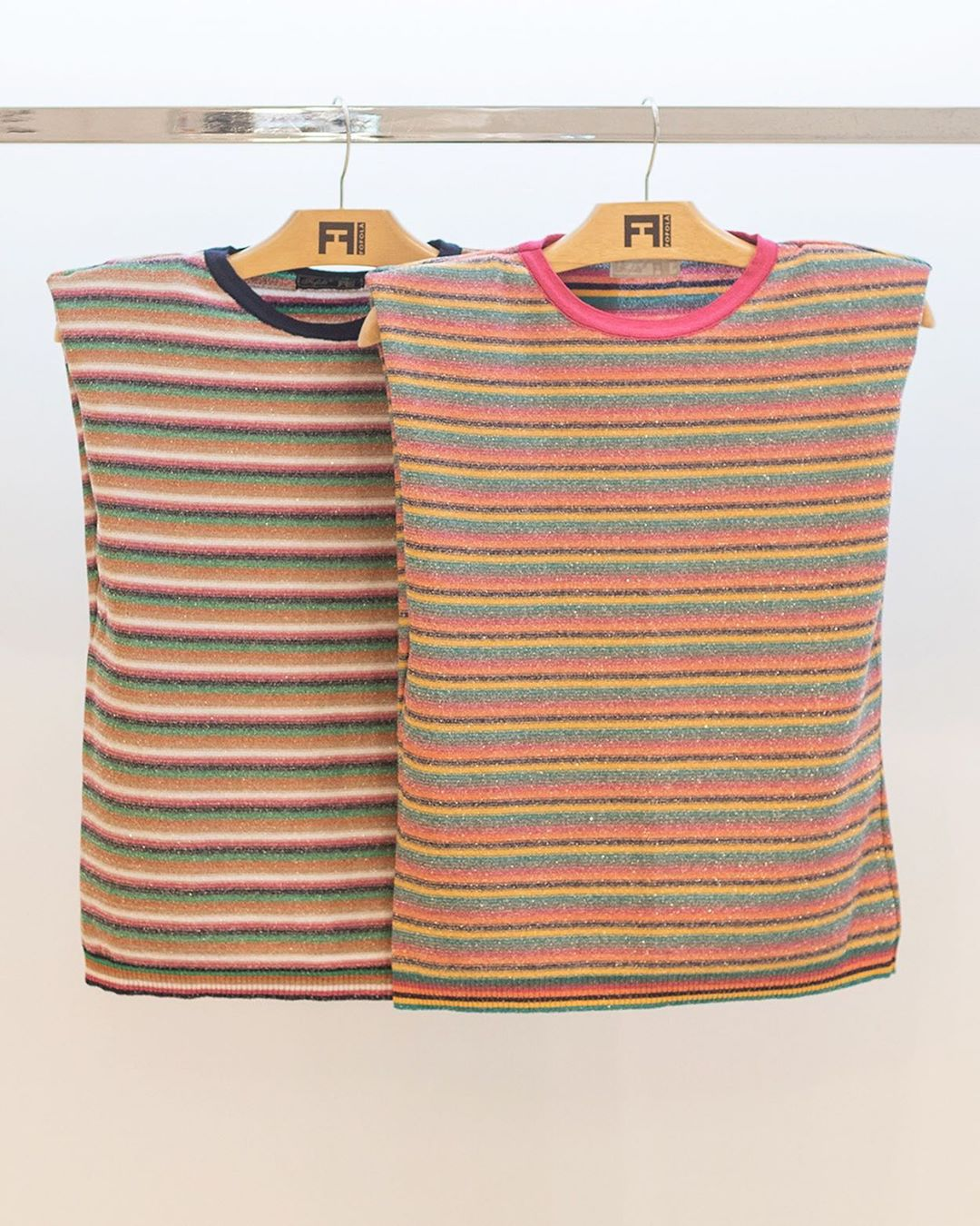 Blusa de Tricot Muscle Tee