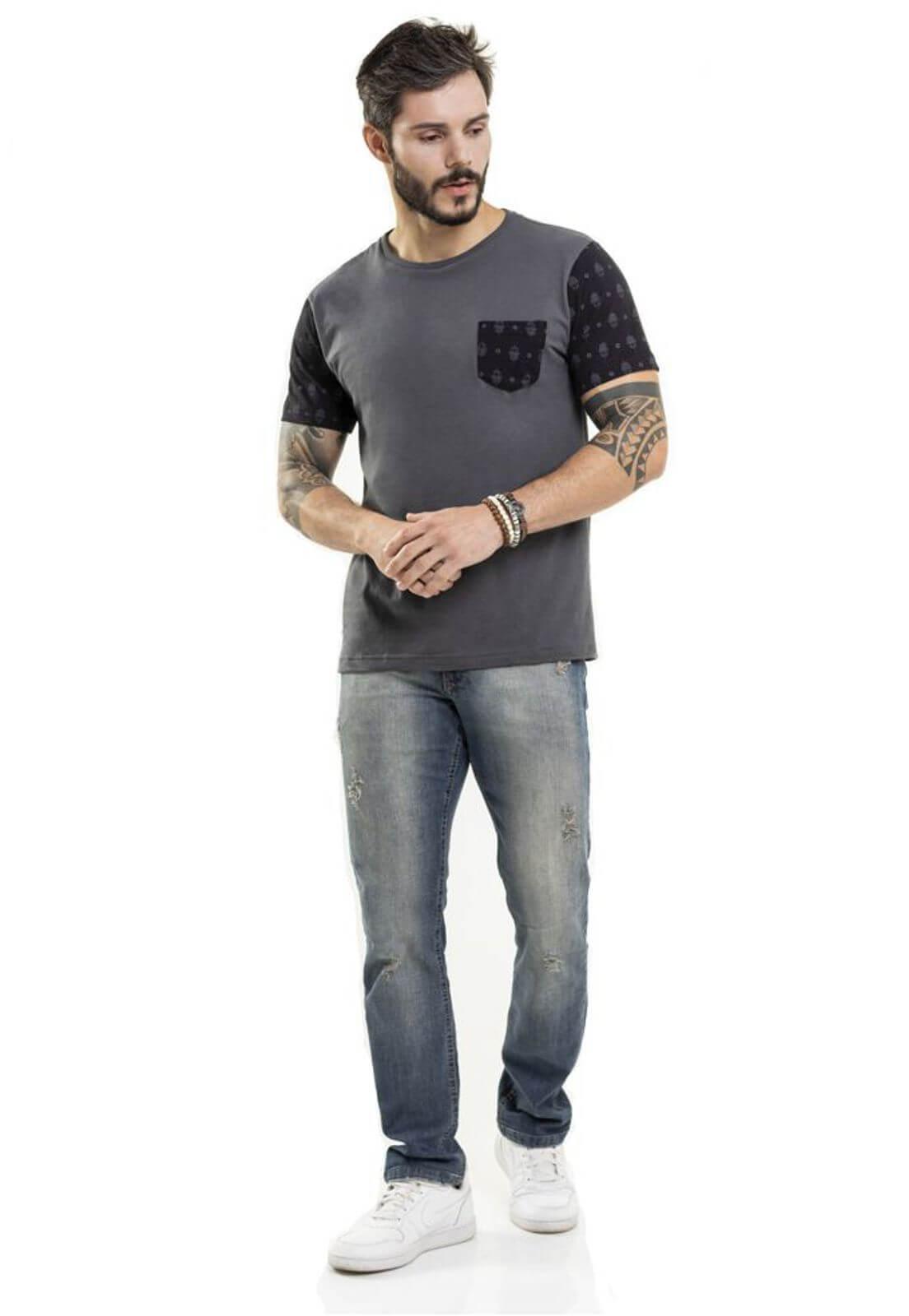 Camiseta Pocket Hamsa Chumbo