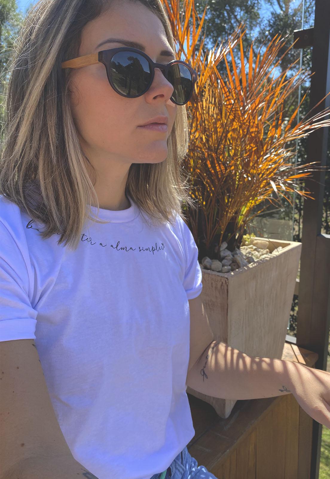 T-shirt Nogah Alma Simples Branca