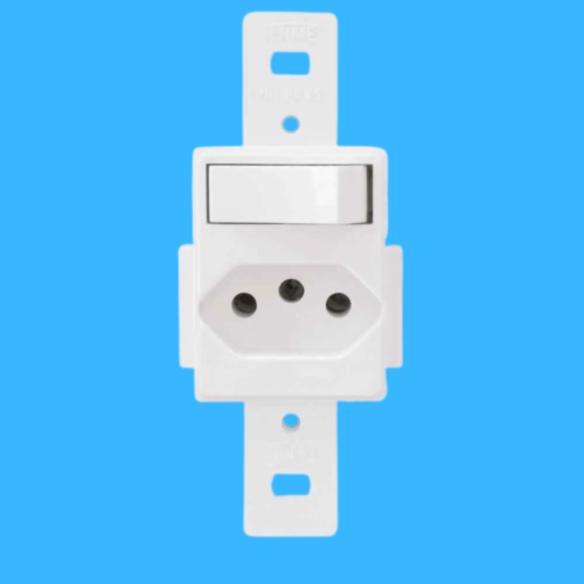 Blanc 1Seção Interruptor Simples+1Seção Tomada 10A Sem Placa