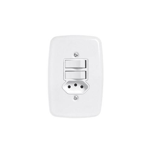 Pluzie 2 Seções de Interruptor Simples + 1 Seção de Tomada 10A Com Placa