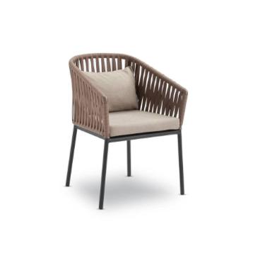 Cadeira Sottile em Fibra Sintética
