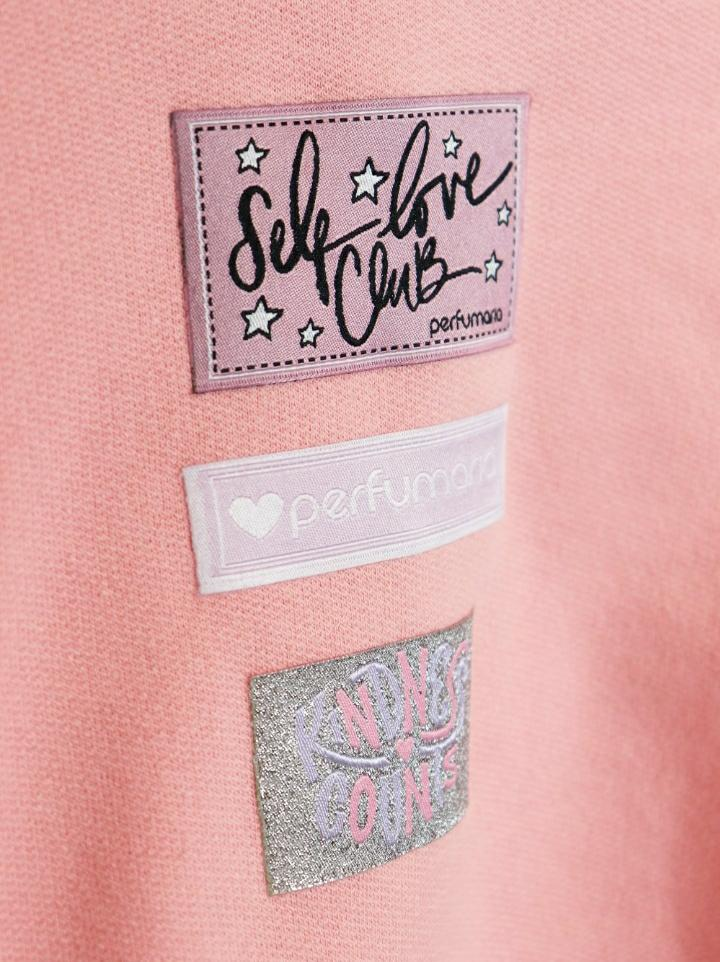 blusa moletom patches etiquetas perfumaria