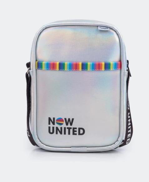 Bolsa Tiracolo Infantil Now United  com Alça Personalizada Prata Holográfica Pampili