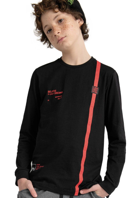 Camiseta Long em Meia Malha  Johnny Fox