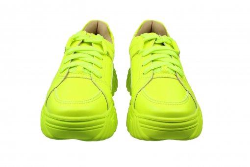 Tênis meninario verde neon