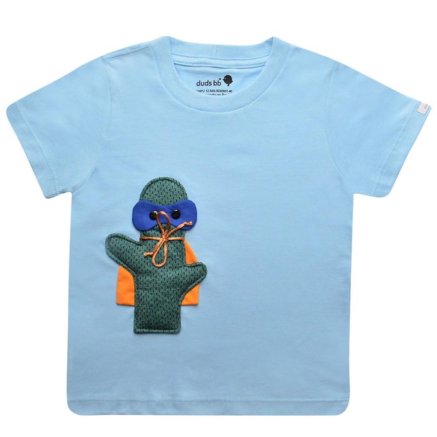 Kit de presente composto por camiseta cacto Guto manga curta e lhama fofinha