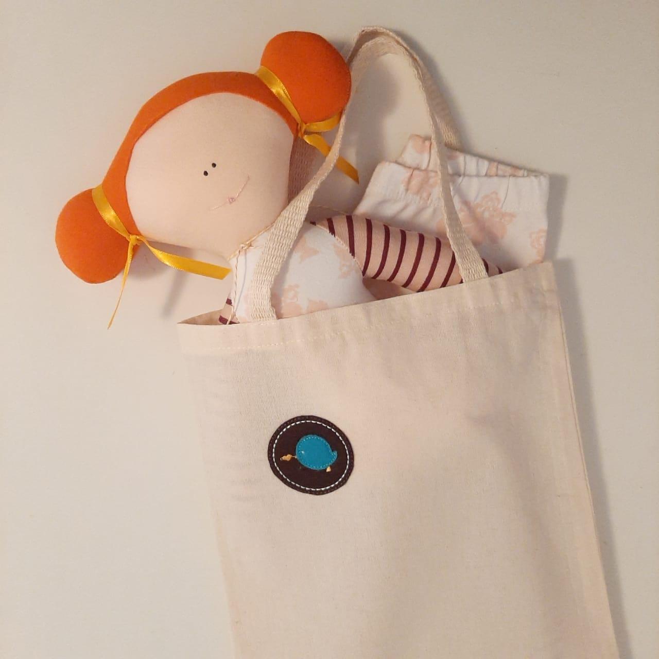 Kit presente para bebê menina composto de legging floral para bebê e boneca vestido floral