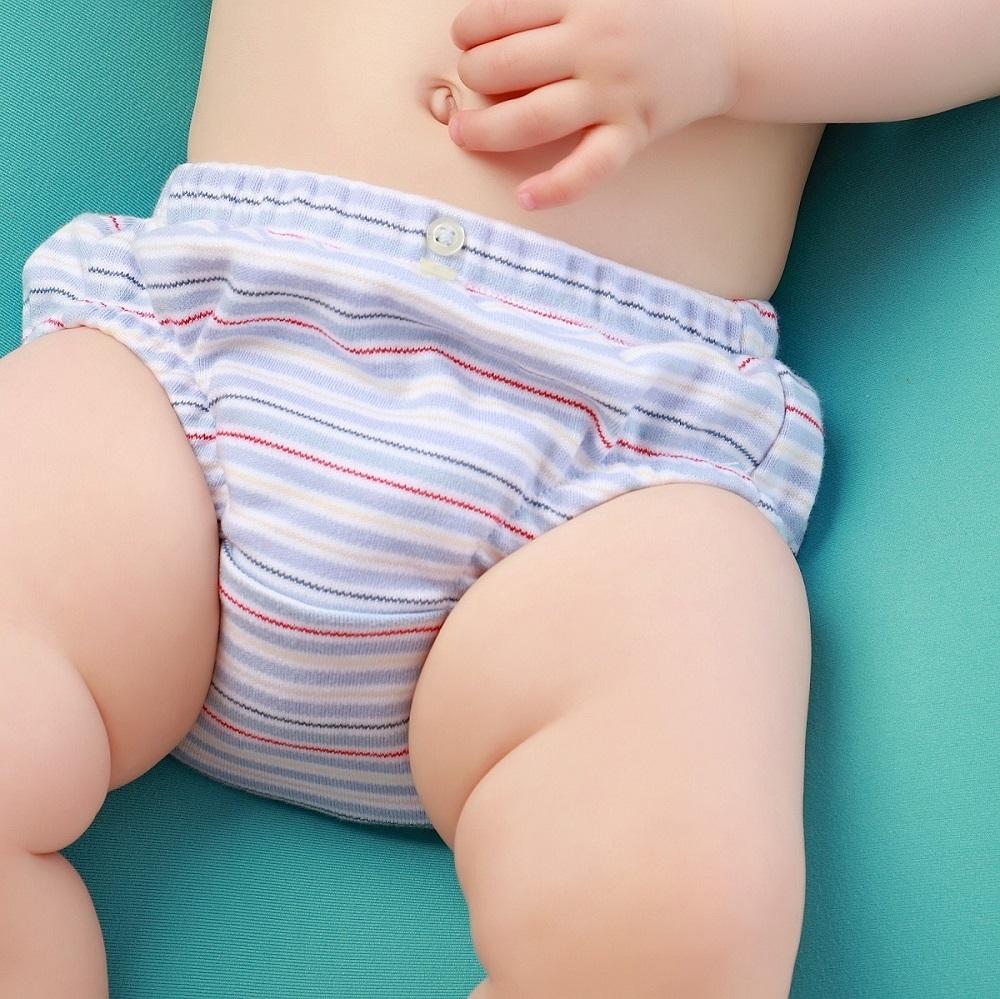 Tapa fralda bebê menino listradinho suedine azul