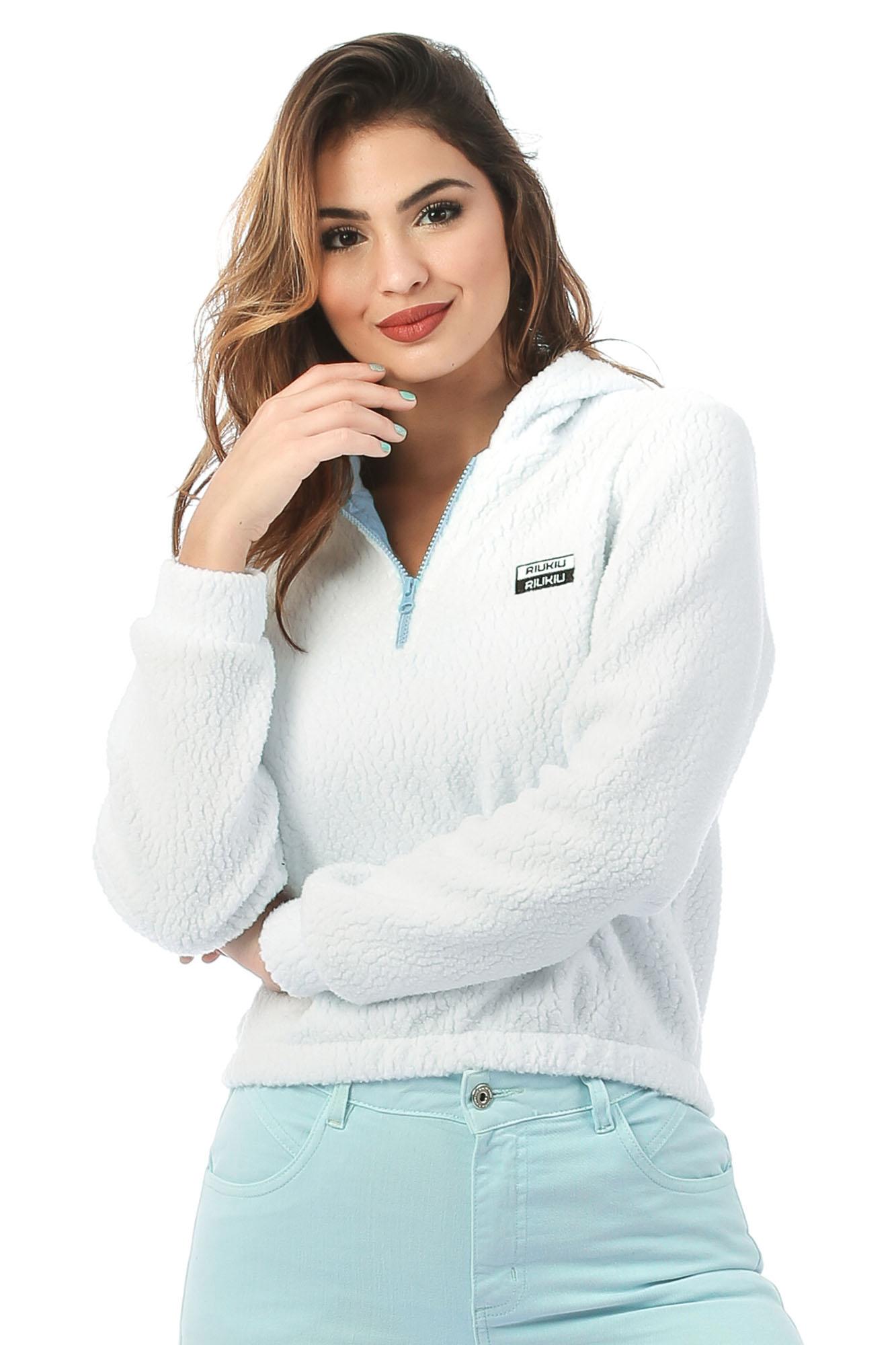 Blusa Carneirinho com Capuz Branco