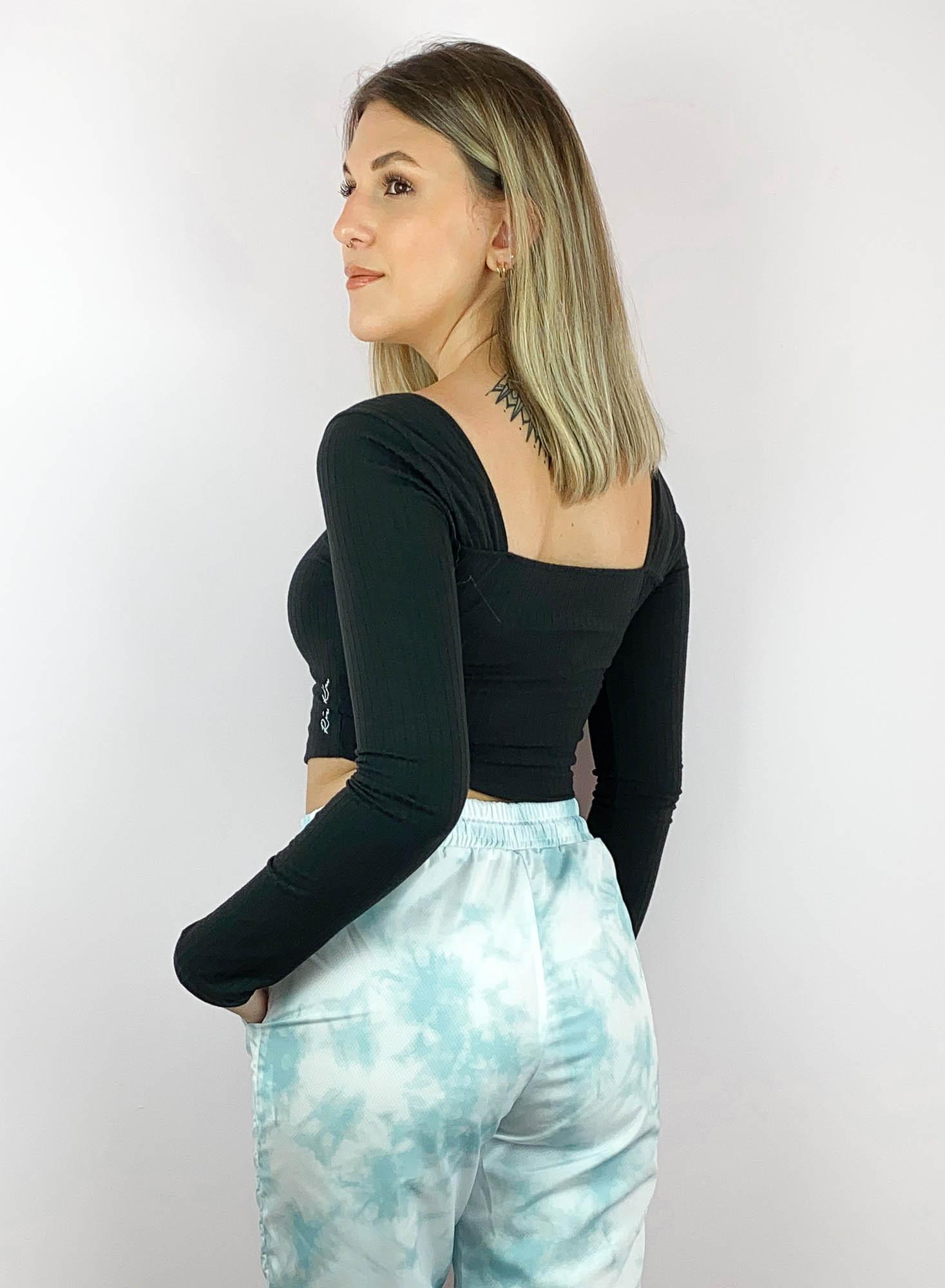 Blusinha Decote Quadrado Tatiana Preto