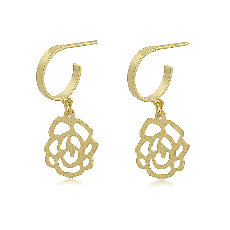 Brinco Rosa Diamantada Folheado em Ouro 18K