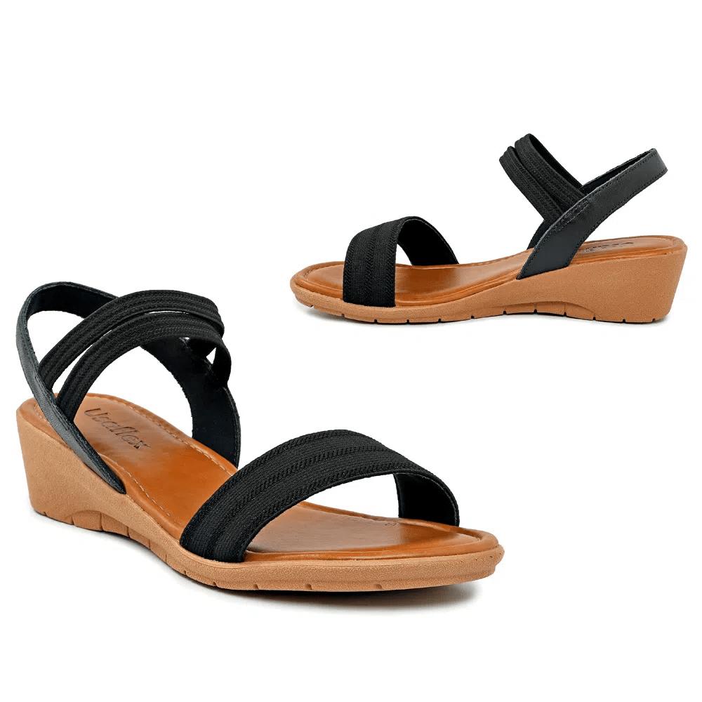 Sandália Usaflex com tiras com elástico Preta