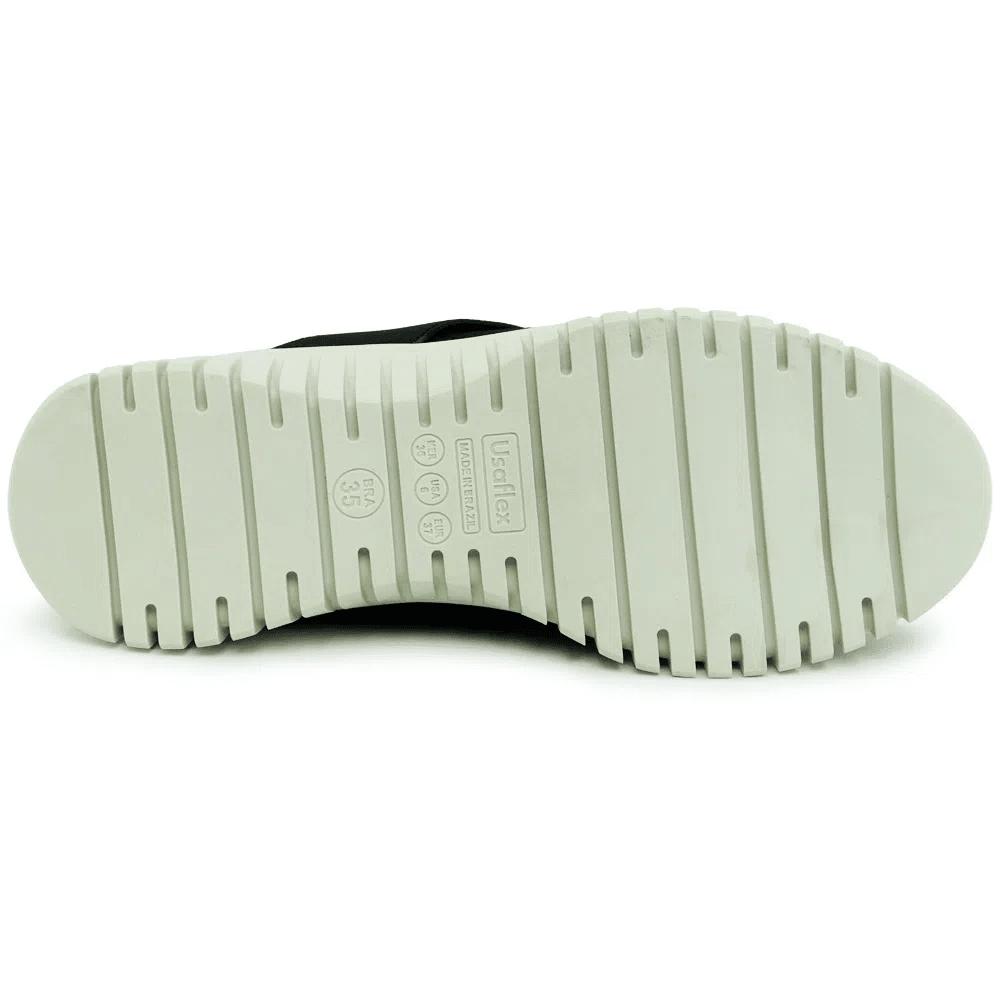 Tênis Usaflex preto com elástico