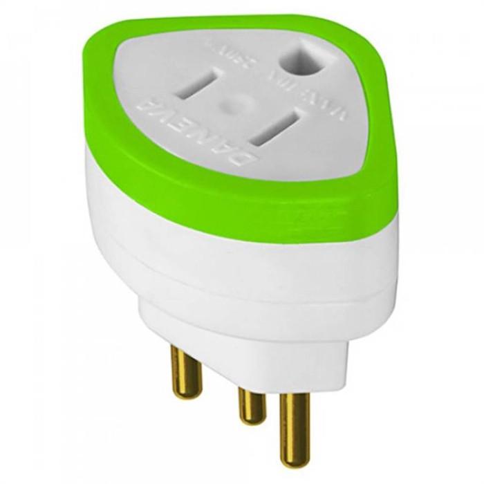 Adaptador Plug 2P+T 10A 250V