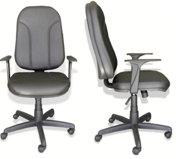 Cadeira Presidente Operativa, Braço Regulável Revestimento Couríssimo Preto
