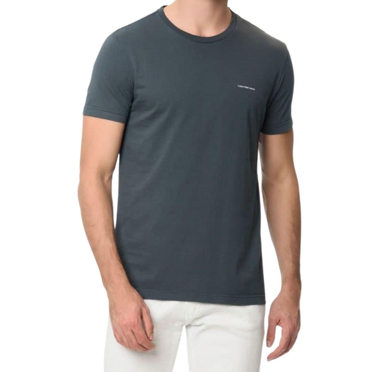 Camiseta Calvin Klein Manga Curta Logo Basico No Peito