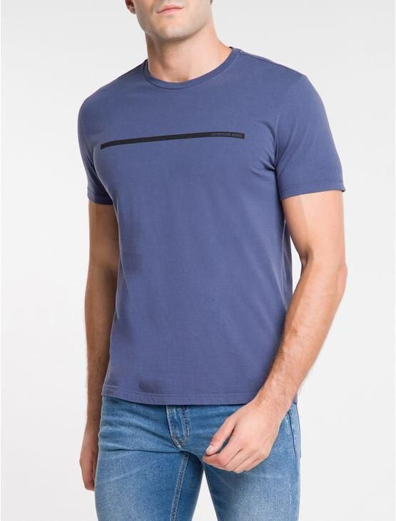 Camiseta Calvin Klein Manga Curta Palito Com Logo Na Frente