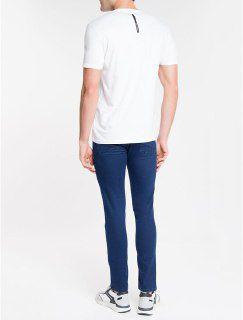 Camiseta Calvin Klein Basica Manga Curta Logo no Peito