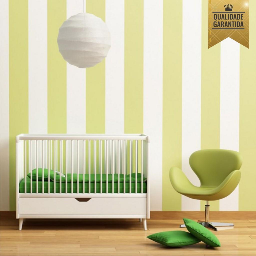 Papel de parede listrado verde claro