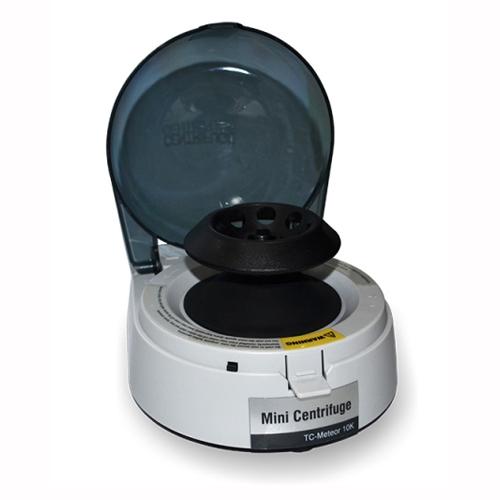 Microcentrífuga Analógica com rotor de ângulo fixo incluso para (8x2 mL / 16x0,2 uL) até 10000 RPM DAIKI