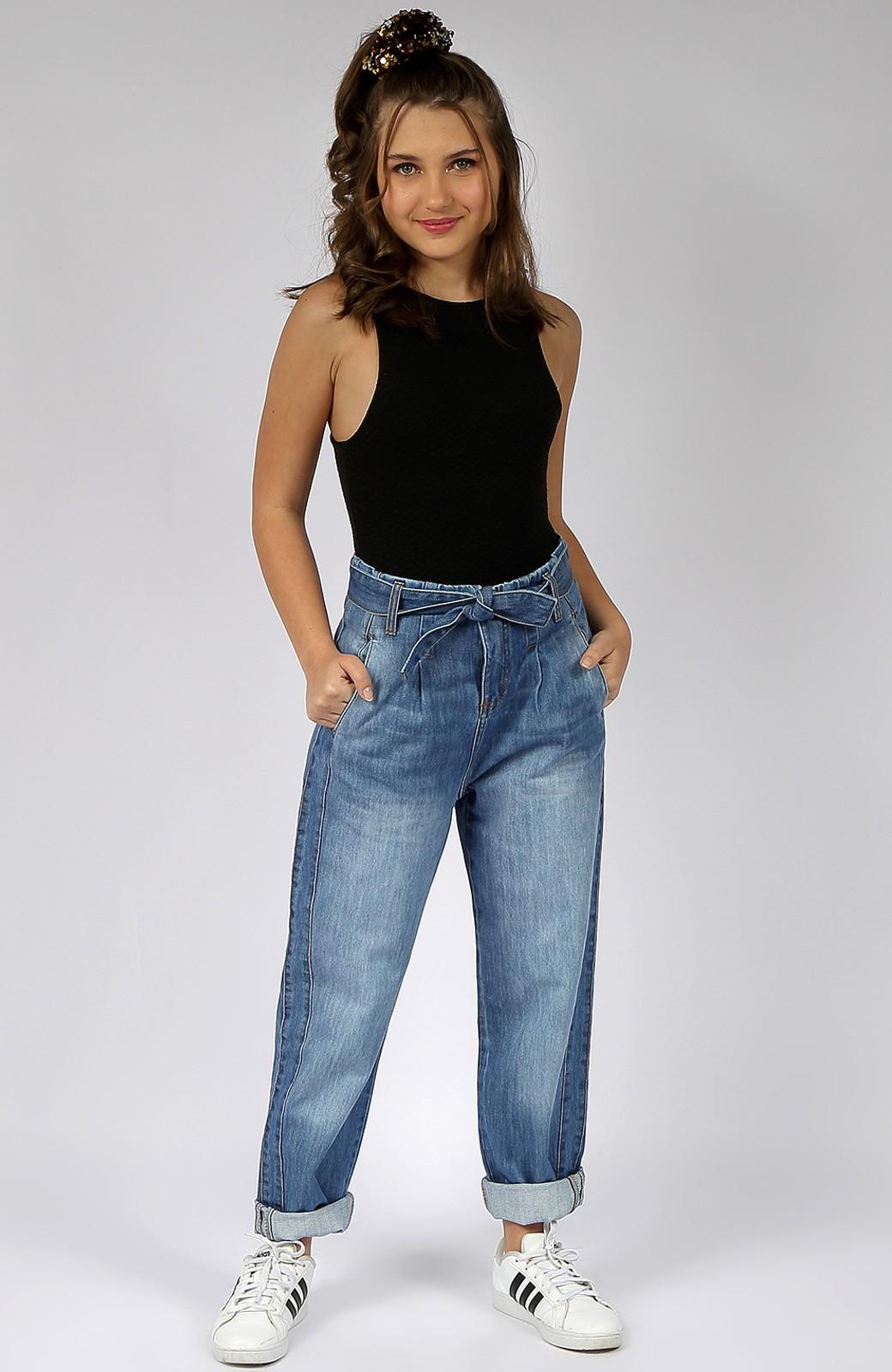 Calça Jeans Mom Crawling Feminina C/Cinto