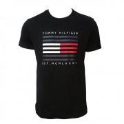 Camiseta Tommy Hilfiger com estampa preta