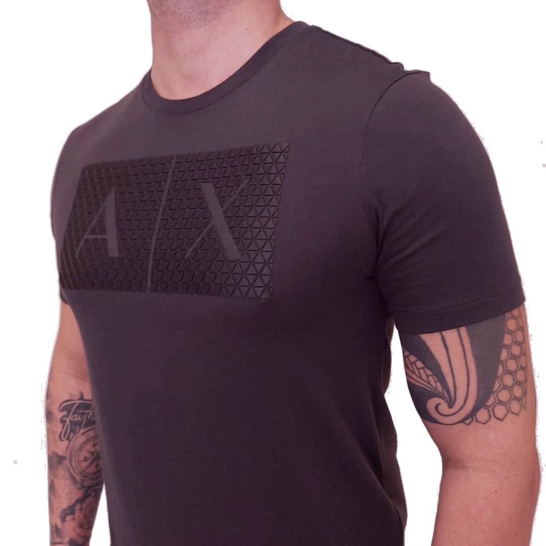 Camiseta Armani Exchange Logo Auto Relevo Manga Curta