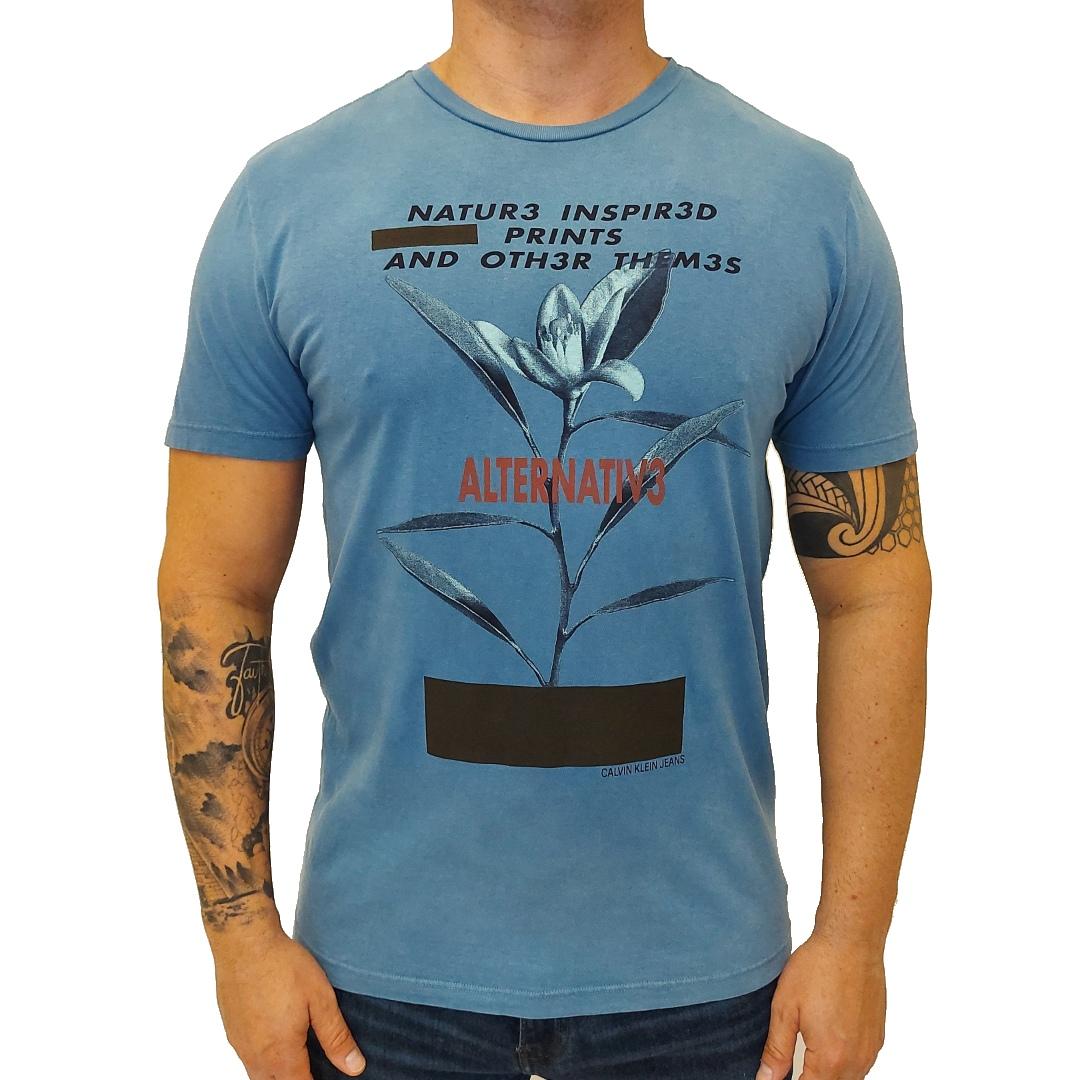 Camiseta Calvin Klein estampada ALTERNATIV3