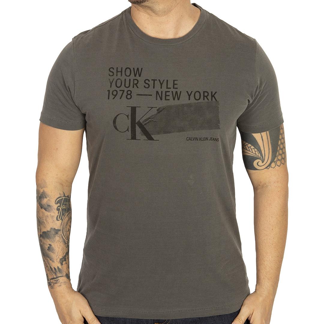 Camiseta Calvin Klein Jeans Silk Chumbo