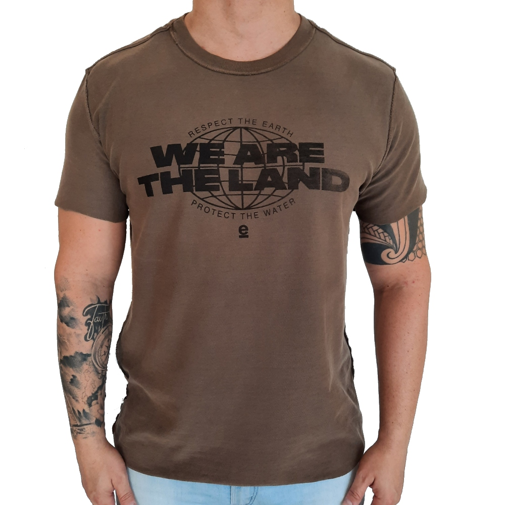 Camiseta Osklen Strong Double We Are The Land