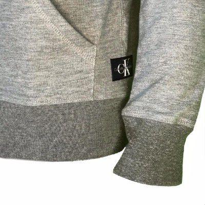 Moletom Calvin Klein Jeans com zíper cinza