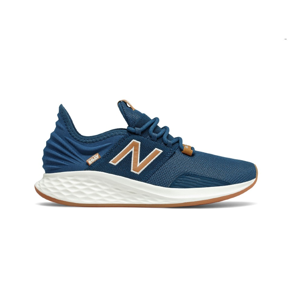 Tênis New Balance Fresh Foam Roav