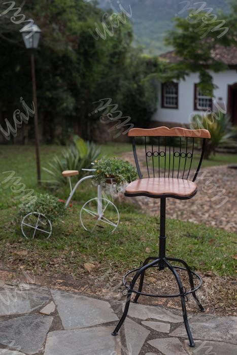 Cadeira bistro 70cm ferro madeira rustico artesanal