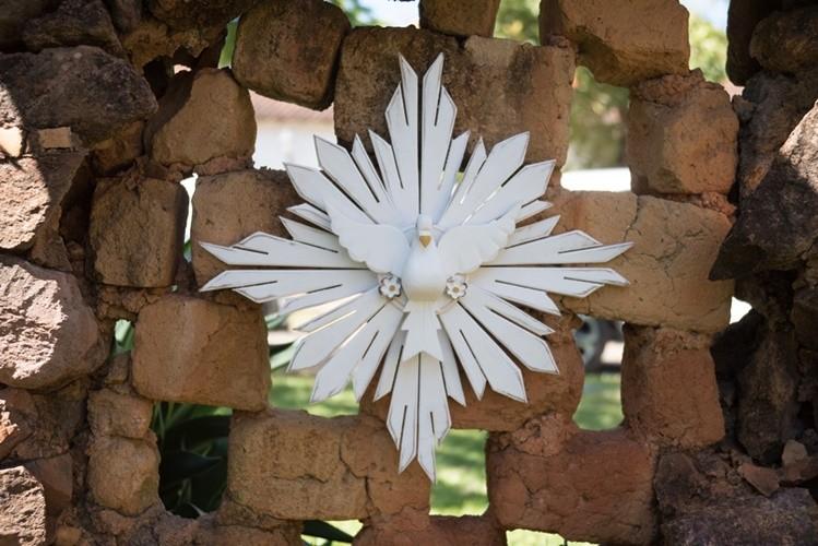 Divino espírito santo resplendor branco 60cm madeira rústico artesanal