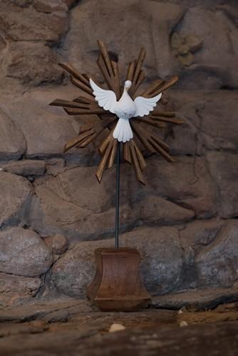 Divino espírito santo resplendor pedestal de mesa encerado ferro e madeira rustico artesanal