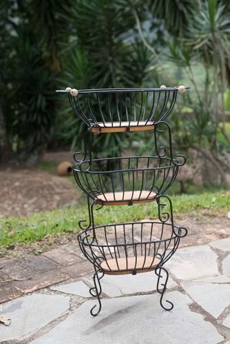 Fruteira de 3 andares retangular pequena ferro madeira rustico e artesanal